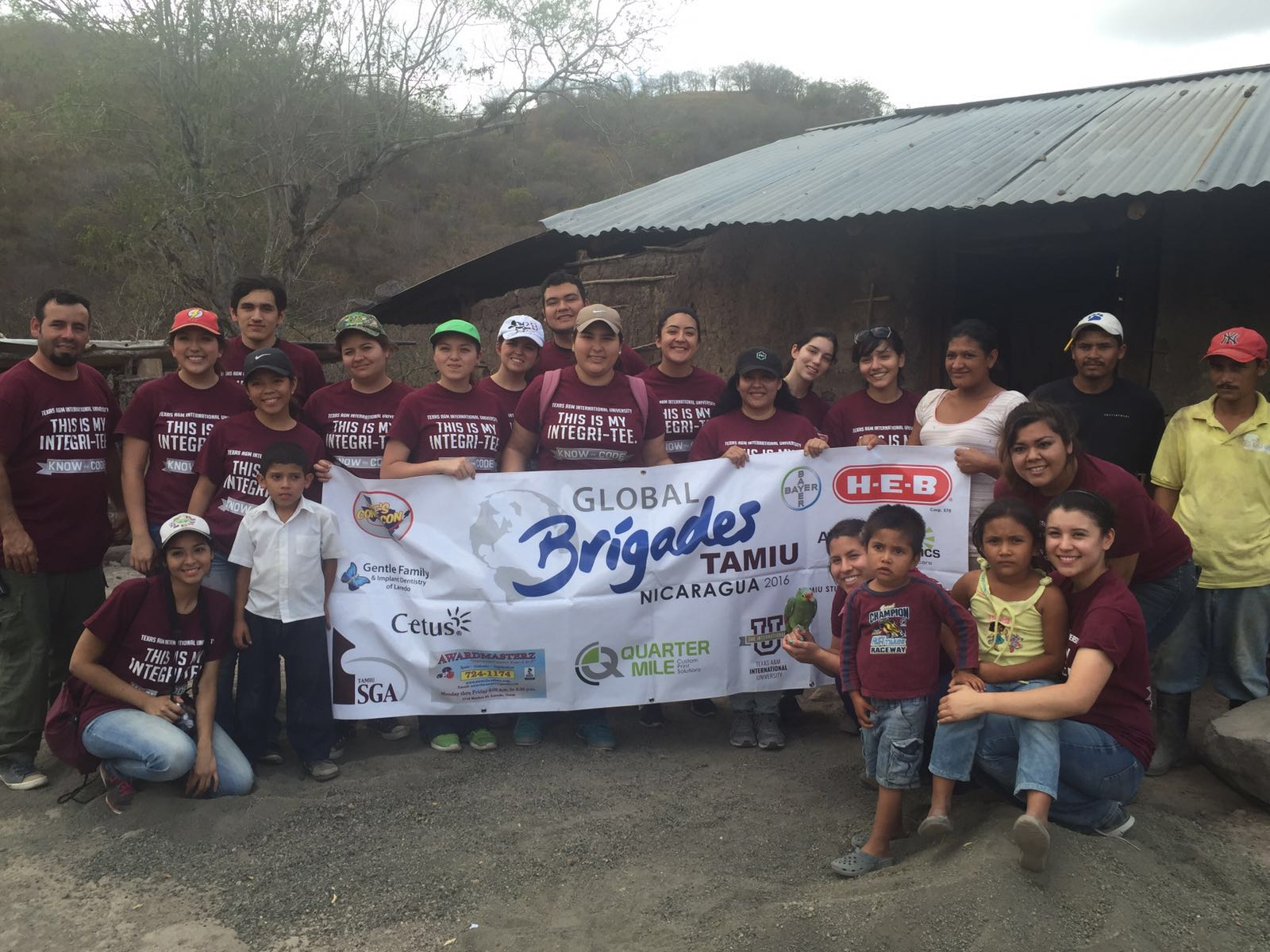 Global Medical Brigades Serve in Nicaragua