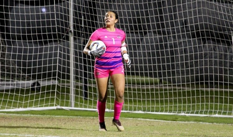 Freshman soccer player takes conference honor