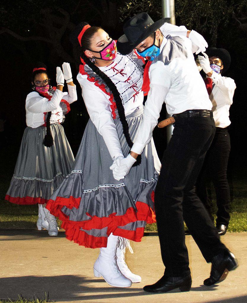 Folklorico dancing for El Grito