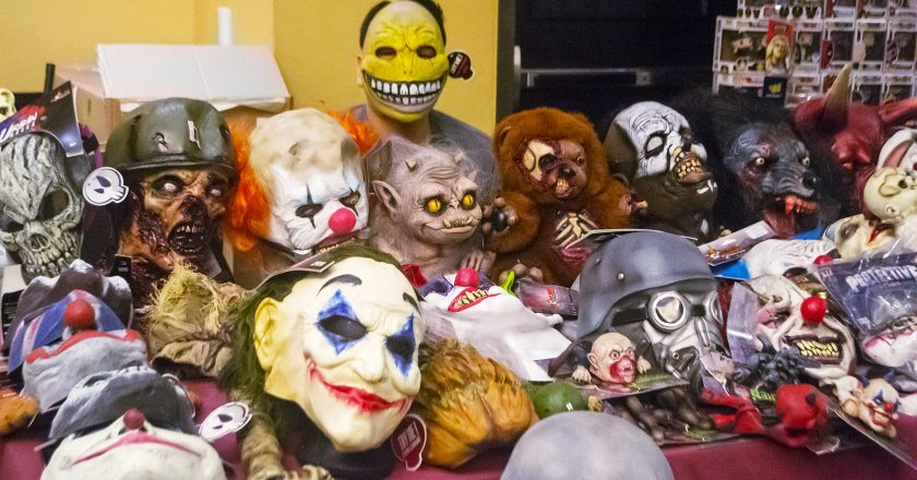 Halloween Toyshow offers action figures, collectibles, smiles